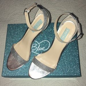 Sparkling heels just in time for New Years.